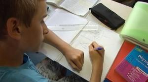 [VIDÉO] Pas facile de passer son bac à 14 ans (FranceTV Info, juin 2014)