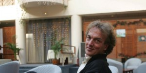 Dr Olivier Revol