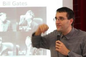 Josef Schovanec : le pitre qui démystifie l'autisme (Le Républicain Lorrain, novembre 2014)