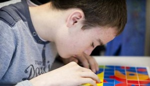 """""""L'autisme, une autre forme d'intelligence ?"""" (Les Echos)"""