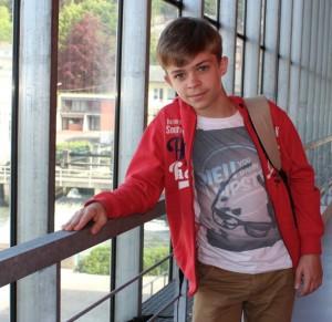 Enfant surdoué, Elliot est un petit génie des maths (LEveilDePontAudemer, mai 2015)