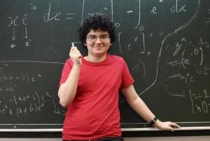A 13 ans, ce Niçois, petit génie des maths, va passer son bac (Nice Matin, juin 2015)