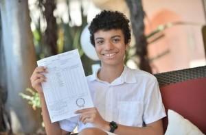 """Mention """"Très bien"""" au bac S pour un Mentonnais... de 14 ans (Nice Matin, juillet 2015)"""
