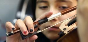 Cerveau : les vertus de l'enseignement de la musique à l'adolescence (SciencesEtAvenir, août 2015)