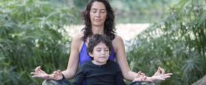 Rythme de la rentrée difficile? Pour qu'ils s'y adaptent, les enfants aussi peuvent se mettre à la méditation (Le Huffington Post, septembre 2015)