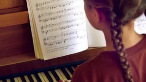 Enfants précoces : une intelligence paradoxale & complexe (RA-Santé, février 2016)