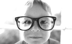 Quatre publications à propos des enfants surdoués / zèbres / à haut potentiel / intellectuellement précoces
