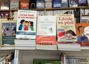 Le livre en librairie au Canada :))