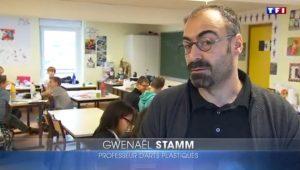 [VIDÉO] Un collège adapté pour les enfants précoces (JT de TF1, novembre 2016)